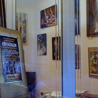Októberben ismét KÉP A FALON kiállítás
