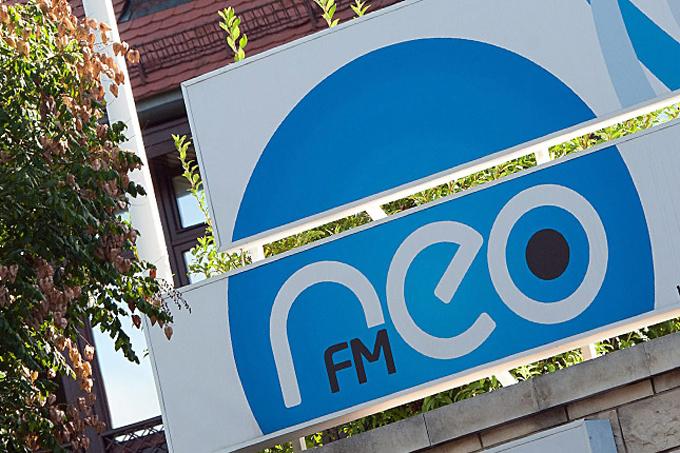 neo-fm.jpg