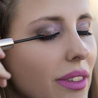 Beauty – Striking eyelashes