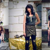 Karmazsin - új kollekciók a grunge és a szétküldött arcú sztárok bűvöletében