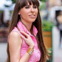 FREYWILLE - How to wear stylish flashy jewelry
