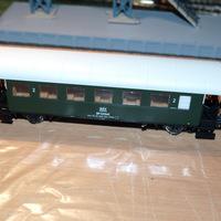 A Roco új MÁV kéttengelyes N28 személy vagon dig. világítás beszerelés...