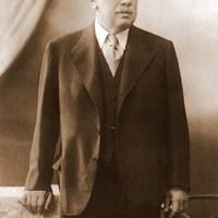 Ma 74 éve lőtték a Dunába Richter Gedeont, a világszerte legismertebb magyar cég atyját