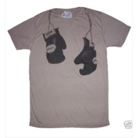 Gis + bokszkesztyűs póló = MENŐ