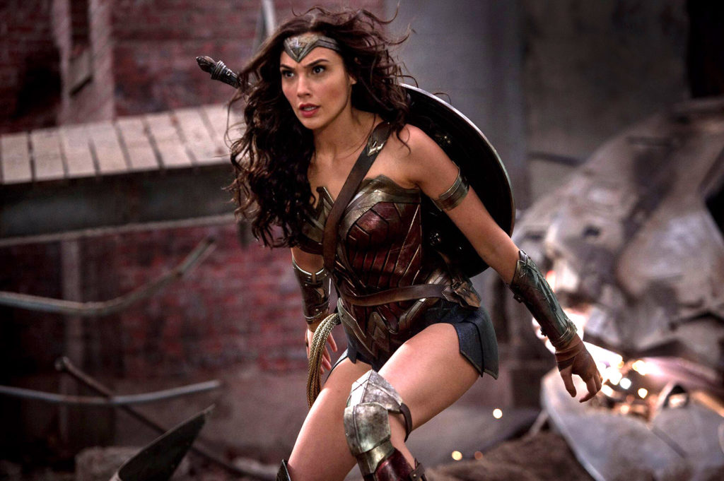 wonder-woman-gal-gadot-ultimate-edition-1024x681.jpg