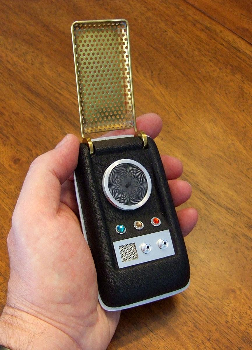 20090704-1971_startrektoscommunicatorreplica.jpg