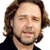 Russell Crowe lesz a Dirt Music főszereplője