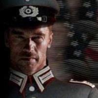 Schwarzenegger mégis visszatér? Öreg, német katonát játszana