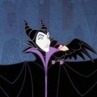 Law és Sturgess a Maleficentben