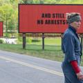 Előzetes - 3 billboard a város szélén