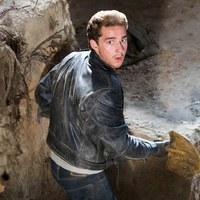 Bréking Nyúz: Indiana Jones fia nem tér vissza. Ismerős arc csatlakozott a Han Solo-filmhez. A Sony újabb képregényfimet tervez. Véget ért a Sunset forgatása. Kétséges A Karib-tenger kalózai folytatása.