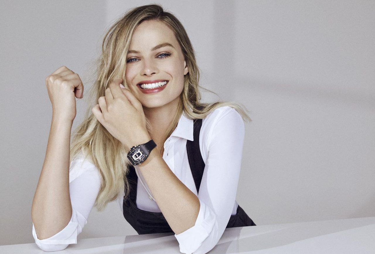 https_blogs-images_forbes_com_anthonydemarco_files_2017_07_margot-robbie-_dennis-leupold-for-opus-reps-1-1200x900.jpg
