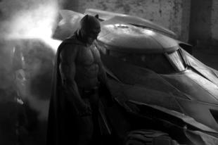 Megérkezett a Batman v. Superman előzetese is !!!