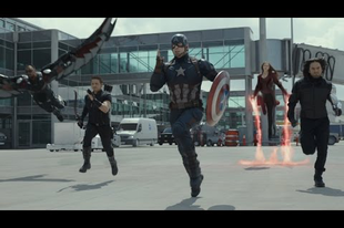 Amerika Kapitány péppé veri Vasembert