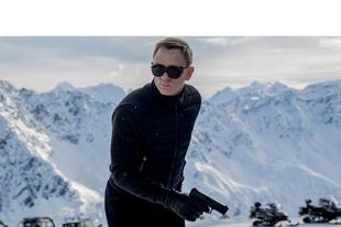 James Bond méltatlanul búcsúzik