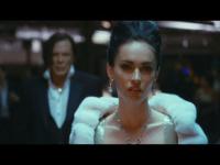 Megan Fox és Rourke mutánsnak áll. Kritika a Végjáték című khm... filmről