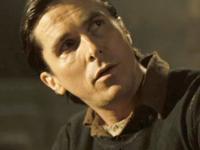 Kína Christian Bale-lel erősít. Érzelmes és hatásos film a becsületről, hűségről