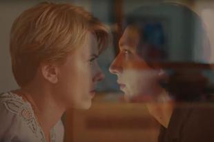 Kylo Ren és Black Widow az év egyik legjobb filmjében válnak