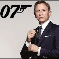 Nő vagy színes bőrű is lehet az új James Bond!