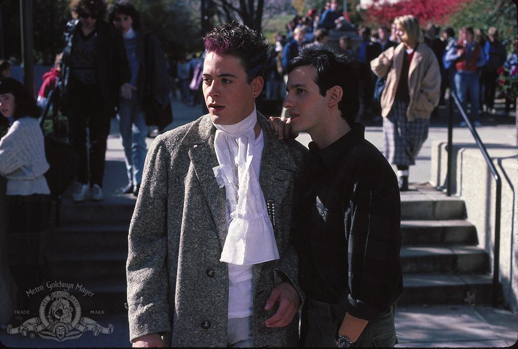Vissza a suliba (1986)