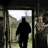 Adománygyűjtő filmvetítés az emberkereskedelem áldozatainak
