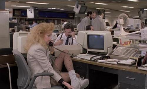 dolgozó lány.jpg