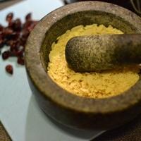 Vörös áfonyás-mandulás keksz