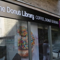 Kapjunk be valamit 2. - The Donut Library