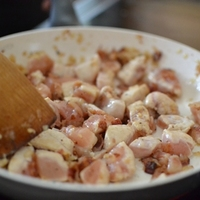 Tejszínes-csirkemelles-gombás tészta