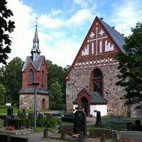 Középkori templomok Helsinki környékén