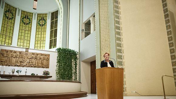 Halonen Kallio templomában.jpg