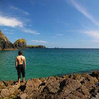 Mit vinnétek magatokkal egy lakatlan szigetre?