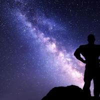 Tudomány: Hány kiló 100 kiló, ha más bolygón edzel vele?