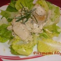 Zöldfűszeres joghurtban párolt csirkemell
