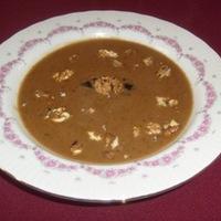 Aszalt szilva leves pirított dióval