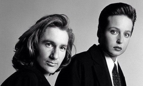 someone_swapped_mulder_and_scully_s_faces_and_they_look_like_an_80s_synth_pop_band.jpg