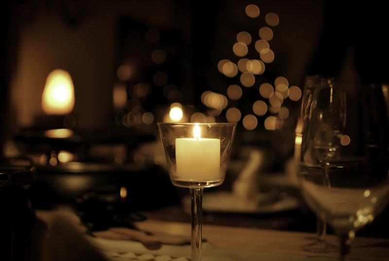 christmas_dinner_by_yumi_iko-d35mdy7.jpg