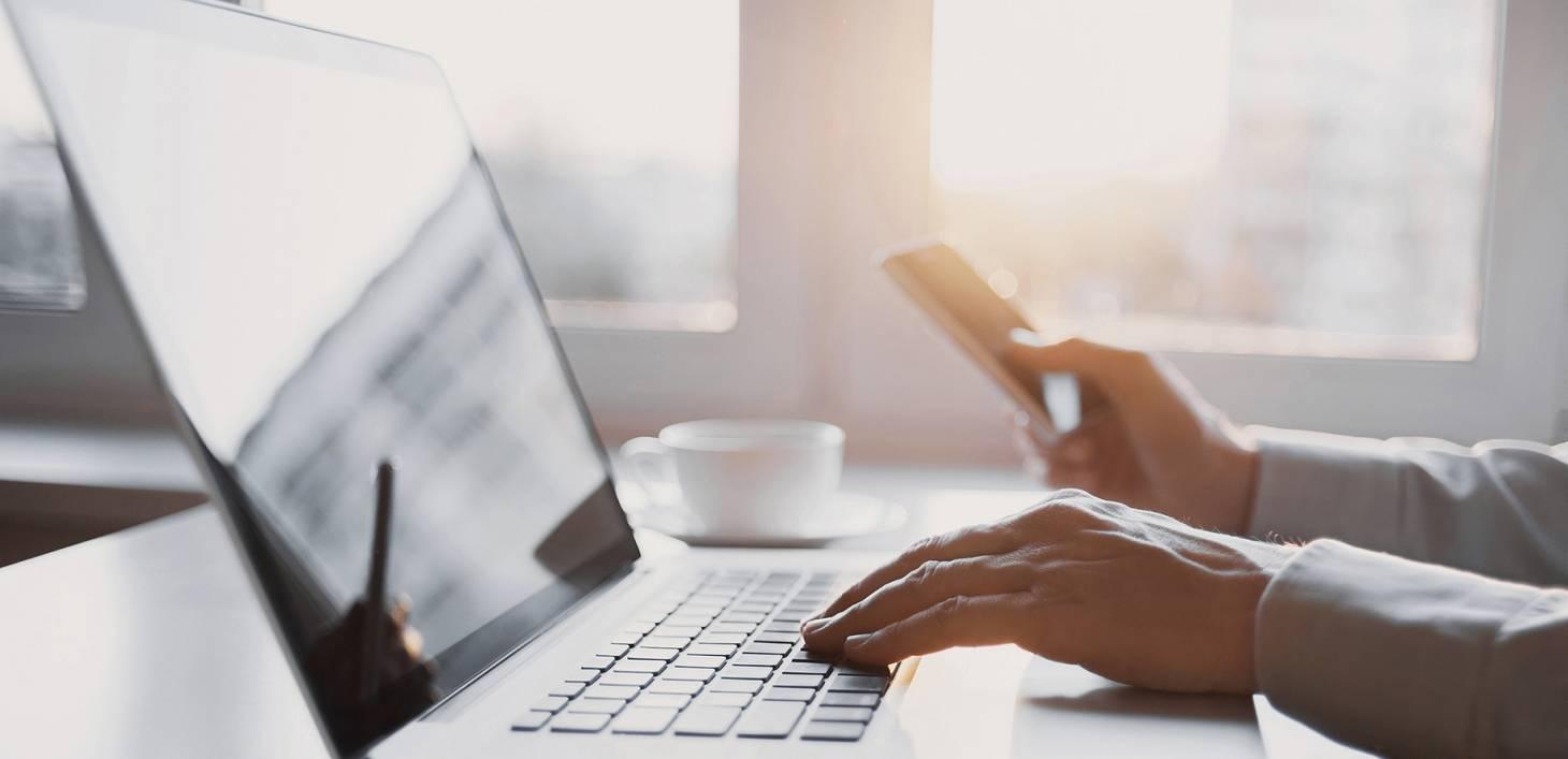 Miért jó az online képzés, és miért nem?