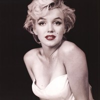 2 perc Marilynnel