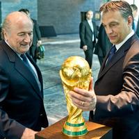 BRÉKING! Magyarország rendezi a foci VB-t!