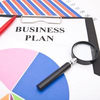 Innovatív üzleti terv 6 lépésben induló és fejlődő vállalkozásoknak