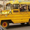 Kétéltű turistamobil