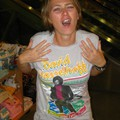 Hasselhoff pólók a Virgin Megastore-ban