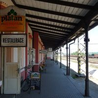Cseh sörtúra vonattal