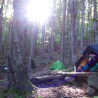 10 dolog, ami mindenképpen legyen nálad, ha vadkempingezés van kilátásban