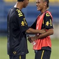 Ronaldinho újra a brazil keretben!