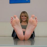 Weboldal ajánló: Footlovegirls.com