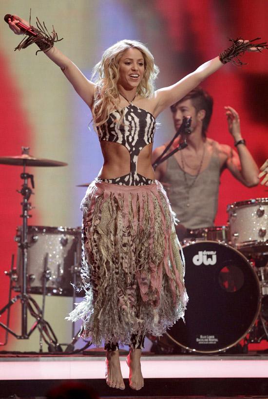 Vajon mennyire koszos Shakira talpa egy mezítlábas koncert után ?