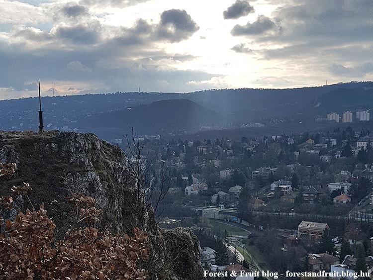 2018. december - Apáthy-szikla, Hárs-hegy, panoráma