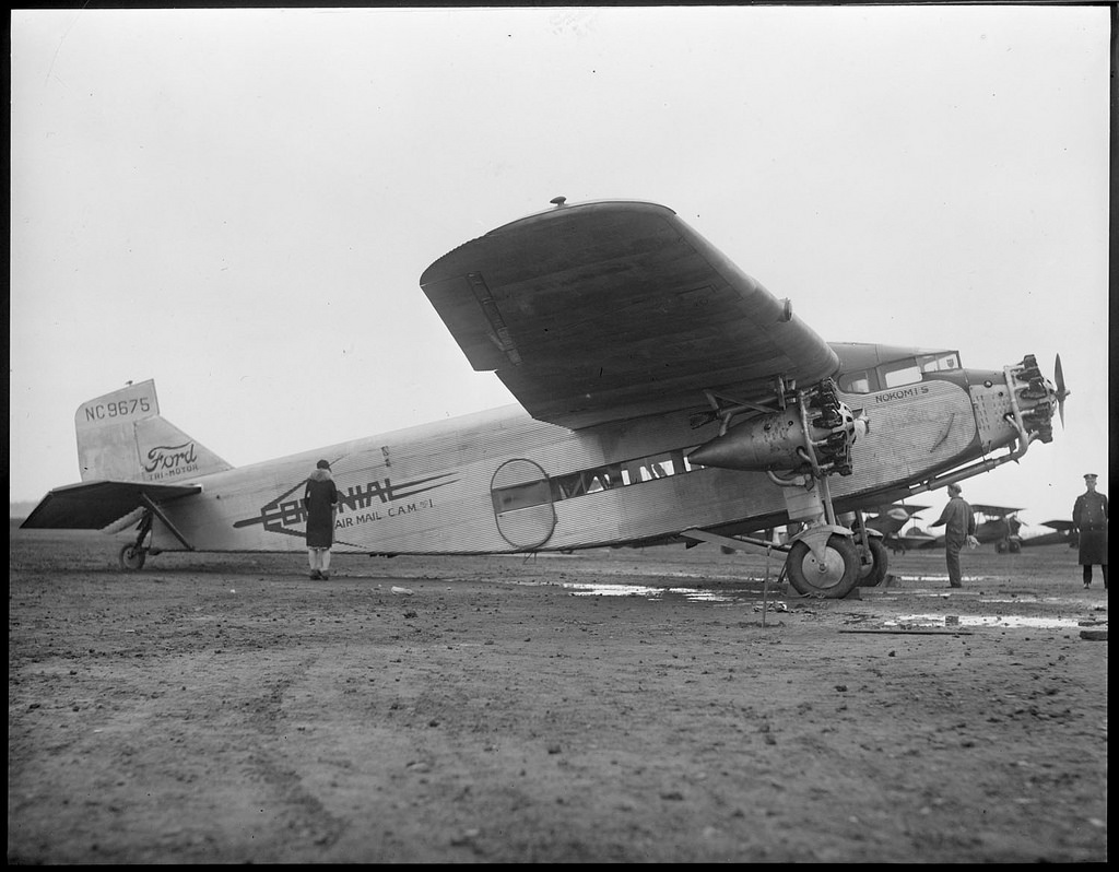 ford_colonial_trimotor.jpg